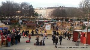 Adventsmarkt am Karlsplatz Wien